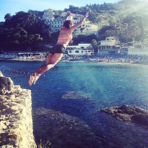 Cliffjump